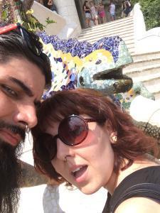 Con la salamandrqqa del Park Güell