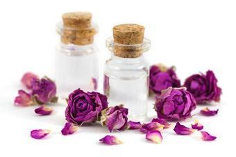 hidrolato-o-agua-de-rosas-vidanaturalia