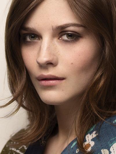 Burberry Womenswear Autumn_Winter 2015 - Runway Make-up Look