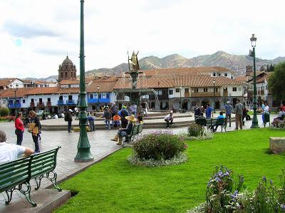 Plaza de Armas de Cusco, Perú, La vuelta al mundo de Asun y Ricardo, round the world, mundoporlibre.com