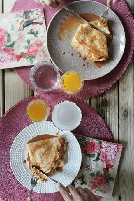 Cr pes de pl tano y salsa toffee casera paperblog for Salsa para crepes