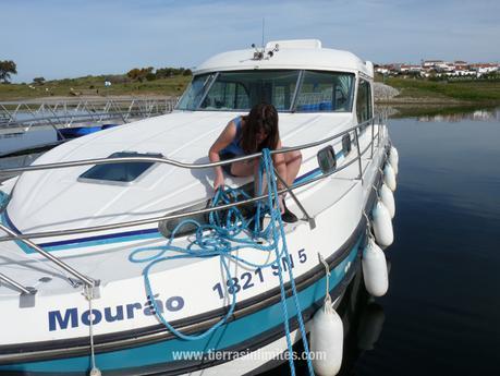 Mourão, el barco-casa de Amieira Marina