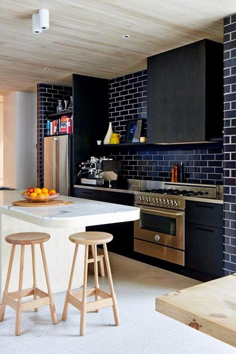 Cocinas negras elegantes cl sicas modernas grandes - Cocinas acogedoras ...