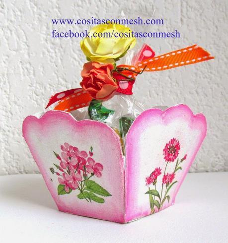 Manualidades cajita de dulces para d a de la madre paperblog - La cajita manualidades ...
