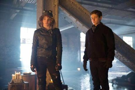 GOTHAM -TEMPORADA 1- BEASTS OF PREY