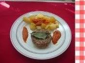Hamburguesas natrus cerdo ternera patatas bravas salsa picante clásica madrid.