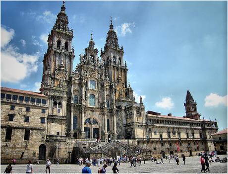 oferta-vuelo-puente-mayo-Santiago-Compostela