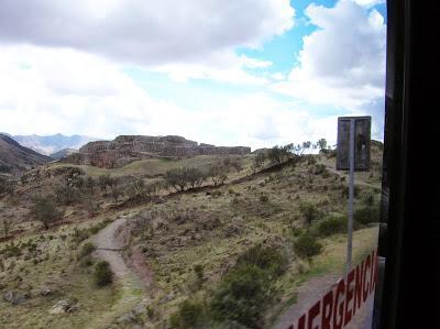 Fortaleza de Puca Pucara, Perú, La vuelta al mundo de Asun y Ricardo, round the world, mundoporlibre.com