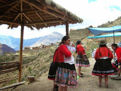 Indios quechuas, Perú, La vuelta al mundo de Asun y Ricardo, round the world, mundoporlibre.com