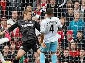 cabezazo Song( 88´) vale para triunfo Arsenal ante West Ham(