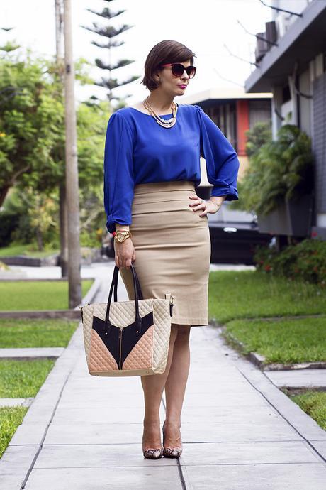 Mis Looks - Falda lu00e1piz y blusa azul - Paperblog
