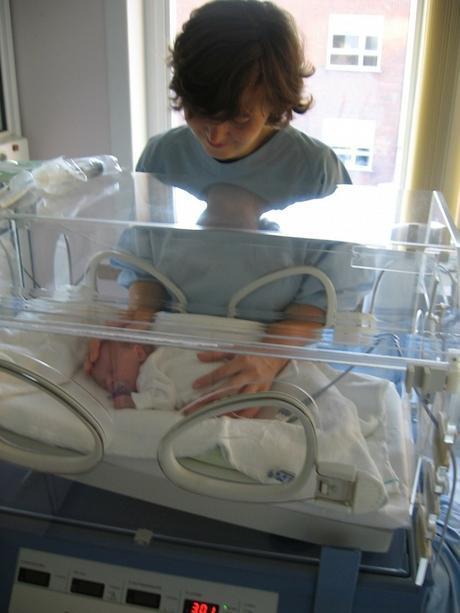 El nacimiento prematuro afectaria las conexiones neuronales de los bebés