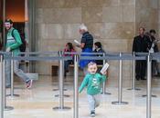 bebé suelto Museo Guggenheim Bilbao