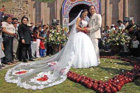 Vestidos De Novias En Mexico Un Espectáculo De Color