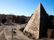 ¿una pirámide roma?