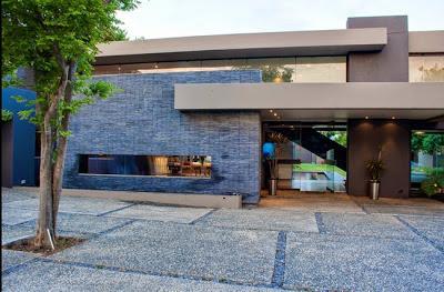 Fachadas y frentes de casas minimalistas paperblog for Frentes de casas minimalistas