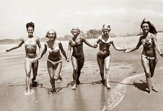 Operación bikini para un mundo mejor. Viernes bikiniano.