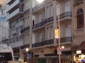 Anochecer calle Corrientes Buenos Aires