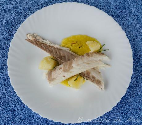 Lubina a la sal con salsa de azafr n paperblog for Salsa para lubina a la sal