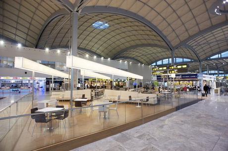 Aeropuerto de Alicante (ALC) en Elche, Valencia http://www.aena-aeropuertos.es/csee/Satellite/Aeropuerto-Alicante/es/Alicante-Elche.html
