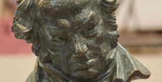 Los Goya se renuevan