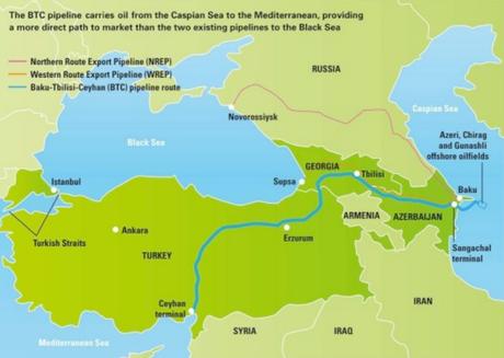 El proyecto BTC conecta Baku con Ceyham, vía Tibilisi. La ausencia de Armenia del proyecto se explica debido a las malas relaciones de este país con Azerbayán