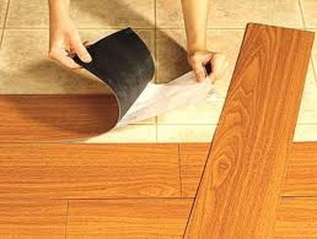 Tips para antes de renovar tus pisos paperblog - Colocar suelo vinilico autoadhesivo sobre baldosa ...