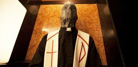 the-lords-of-salem-priest-cincodays-com