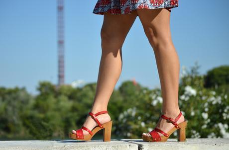Outfit | Red shoes