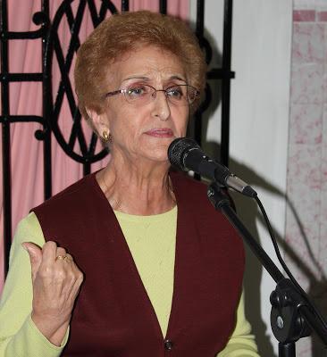 Loto (2015) El poemario antológico de la