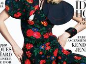 Masha Novoselova posa estilos retro para Harper's Bazaar