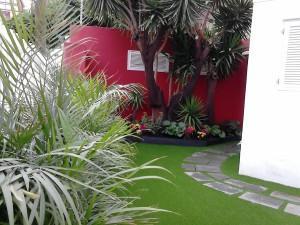 ¡Instale césped artificial en su terraza!