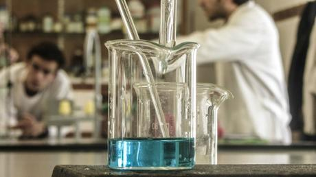 Confía en mí, soy doctor: ¿podría cambiar una ciencia más abierta cuánto confiamos en los científicos?