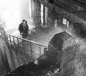 Catálogo criminal español, el thriller nacional entre 1950 y 1965, Vol. I: Apartado de correos 1001/Camino cortado/Los peces rojos/Distrito Quinto. Nacimiento y expansión de un género posible.