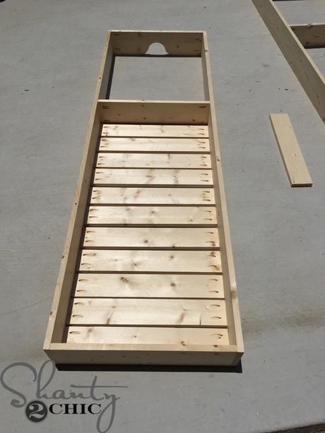 Diy veraniego tumbonas de madera para tu terraza paperblog - Colchonetas para tumbonas ...
