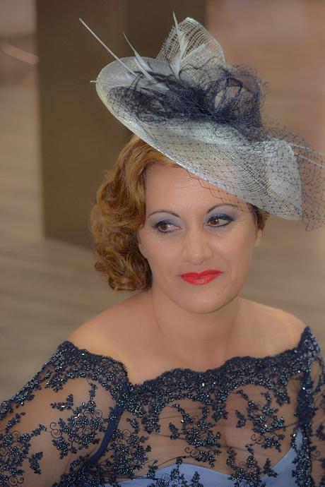 Impresionante peinados para madrinas Colección de tendencias de color de pelo - Peinados, tocados, diademas y prendidos para ir de boda ...