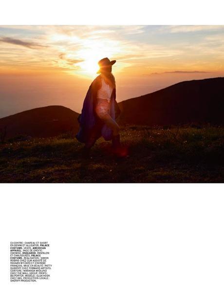 Elsa Hosk Se Desnuda Haciendo Autostopismo Para Lui Magazine Paperblog