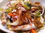 Ensalada vegetales pollo estilo thai