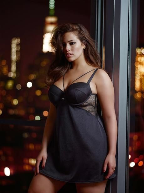Ashley Graham nos seduce en su colaboración con ADDITION ELLE