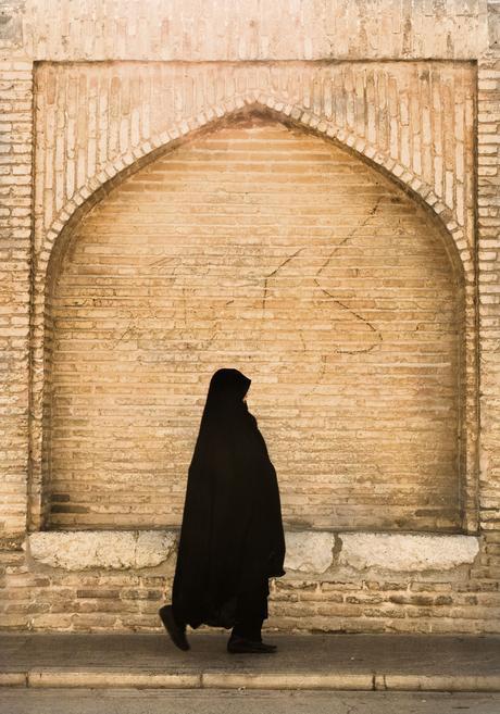 Mujer con shador, Irán