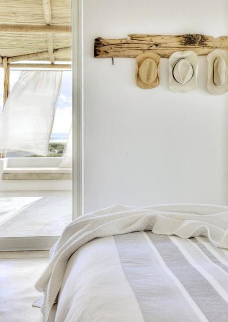 Dormitorio en blanco muy veraniego