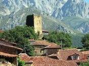 Mogrovejo, torre pueblo santander