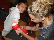 Jennifer Lawrence visita hospital infantil Canadá