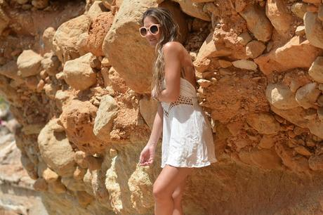 BEACHY LOOKS: LACE PANELED ROMPER