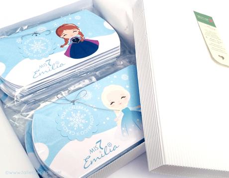 Cajitas Almohadas inspiradas en Frozen. Diseño de Taller de Papel. Para hacer tus pedidos puedes hacerlo escribiéndome a: contacto@tallerdepapel.net