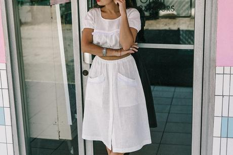 Cadilla_Jacks-Pink_Motel-Los_Angeles-Outfit-Reformation-White_Cropped_Top-Midi_Skirt-Isabel_Marant-Sandals-Collage_On_The_Road-Outfit-Street_Style-75