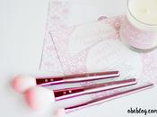 SLMISSGLAM BEAUTY Pink Brushes sweet candle