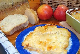 Pastel de patatas y manzana al horno con queso de mah n - Cuanto tarda en cocer una patata ...