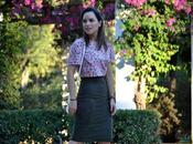 Outfit Suede midi skirt