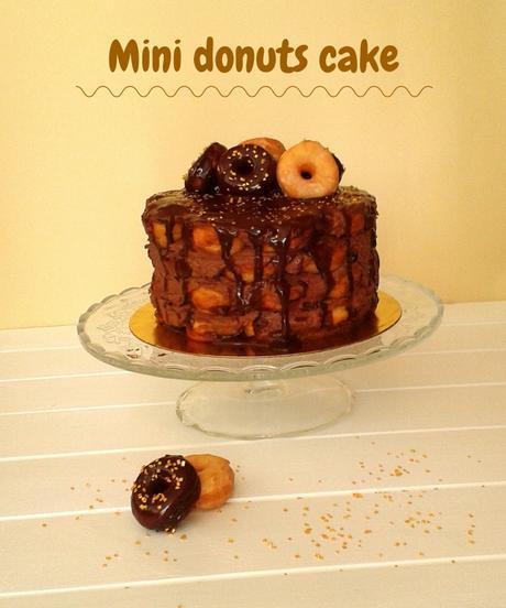 Tarta de mini donuts